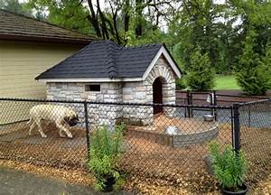 34 doggone good backyard dog house ideas With attractive dog fence
