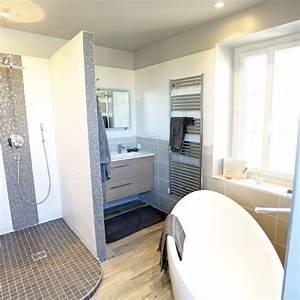 Salle De Bain Douche Baignoire : salle de bains avec douche et baignoire c t maison ~ Melissatoandfro.com Idées de Décoration