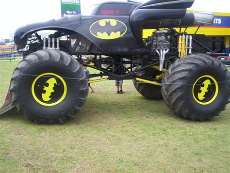 monster jam batman batman monster truck www imgkid com the image kid has it