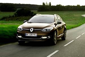 Megane 3 Tce 130 : fiche technique renault m gane estate tce 130 energy eco limited break 2013 auto plus ~ Medecine-chirurgie-esthetiques.com Avis de Voitures