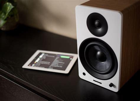 fluance bookshelf speakers fluance ai60 powered bookshelf speaker preview