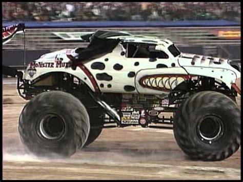 monster mutt truck videos monster jam monster mutt dalmatian monster truck