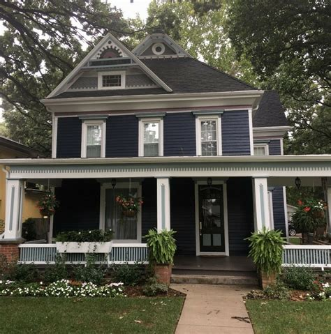 nice exle of navy blue exterior paint home reno