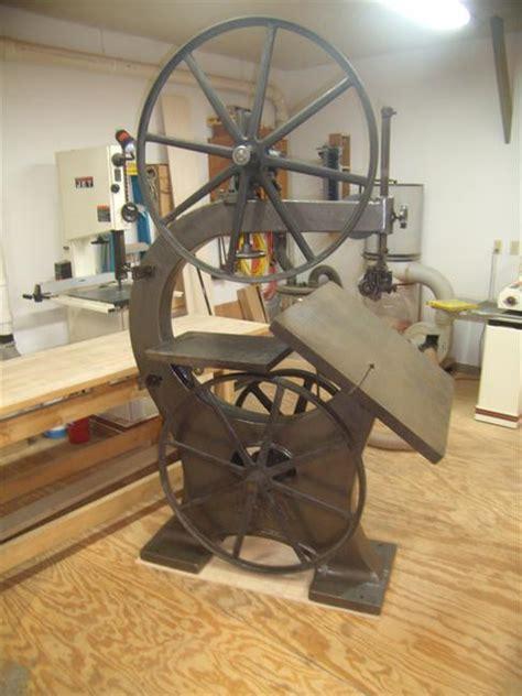 photo index crescent machine   bandsaw