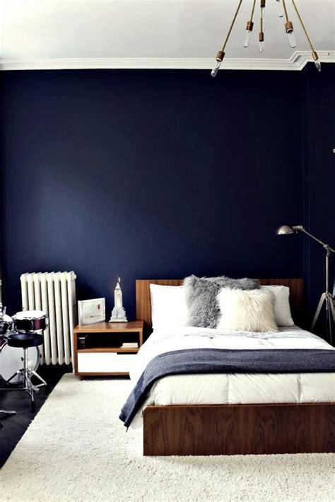 love  navy blue wall bedroom blue bedroom walls