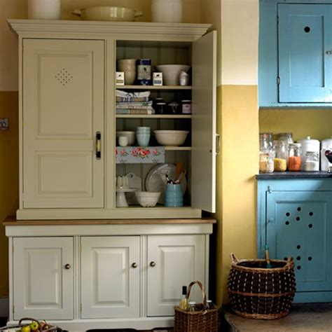 Choose A Classic Cupboard  How To Create A Countrystyle