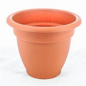 Pot Pour Plante : pot pour plantes petra 32 cm terracota marchioro pots plastique inject e elementerre ~ Teatrodelosmanantiales.com Idées de Décoration
