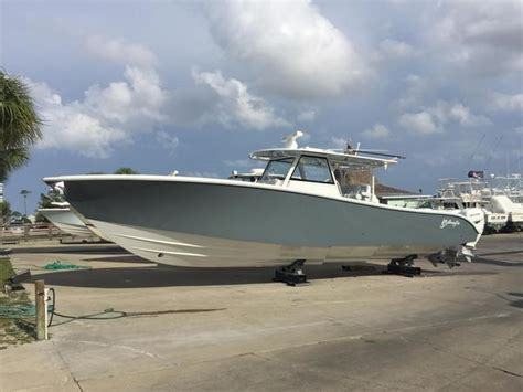 Yellowfin Boats Models by 2019 New Yellowfin 4242 Center Console Fishing Boat For