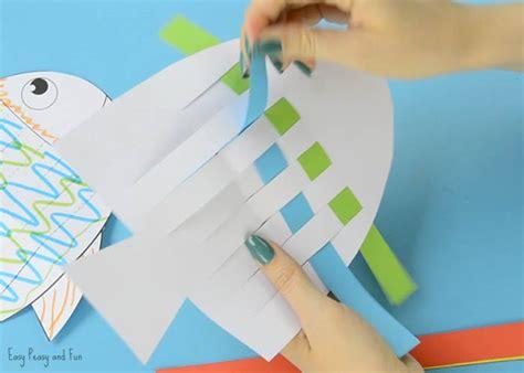 fish paper weaving craft easy peasy  fun