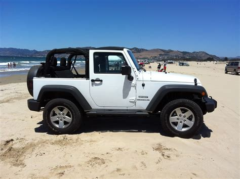 beach jeep wrangler jeep  jeep wrangler jeep