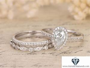 5x7mm pear shaped moissanite engagement ring set two With pear shaped wedding ring set