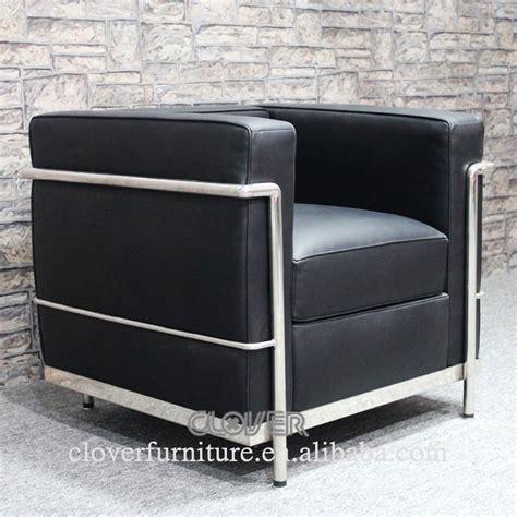 canapé le corbusier lc2 lc2 chaise replica le corbusier lc2 canapé chaises de