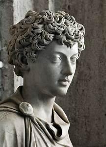 Old Paint (ancientart: Ancient Roman sculpture showing the...)