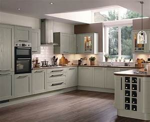 Tewkesbury Kitchen Range Shaker Kitchens Howdens Joinery