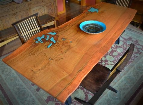 handcrafted furniture quality and history