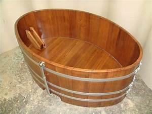 Vente De Baignoire En Ligne : baignoire en bois sur mesure et spa en bois vente en ~ Edinachiropracticcenter.com Idées de Décoration