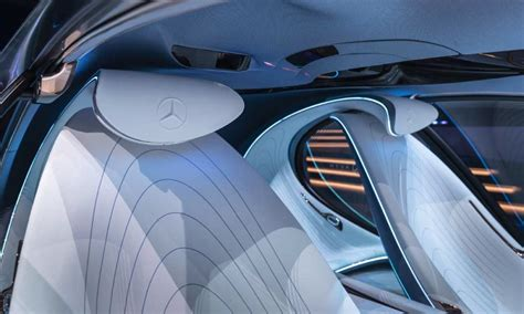 For example, digital content can be experienced over the entire front's dashboard surface. Mercedes-Benz Vision AVTR merges human and machine - Autodevot