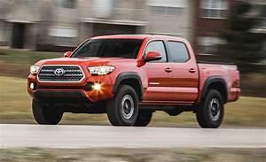 2016 Toyota Tacoma V
