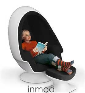 10 egg shaped tech products for easter slide 5