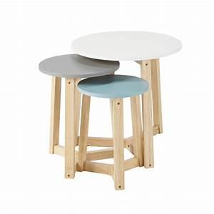 Table Gigogne Maison Du Monde : 3 tables basses gigognes vintage en bois tricolores l 30 cm l 50 cm trio maisons du monde ~ Teatrodelosmanantiales.com Idées de Décoration