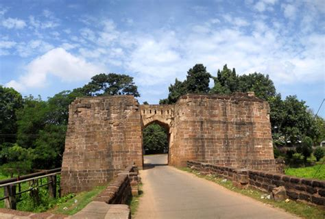orissa places holy tourist india
