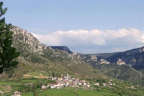 chambres d hotes rodez mostuejouls chateau patrimoine historique