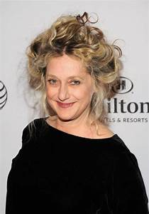 Carol Kane (Could also play Mrs. Alexander) | Old age ...