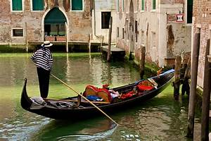 15 Facts You Never Knew About Venice Gondolas