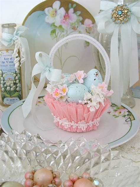21 Cute Pastel Easter Décor Ideas To Try - DigsDigs