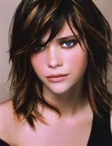 couper cheveux coupe de cheveux moderne femme
