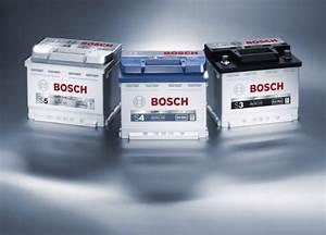 Comment Changer Batterie Voiture : video comment entretenir sa batterie de voiture ~ Medecine-chirurgie-esthetiques.com Avis de Voitures