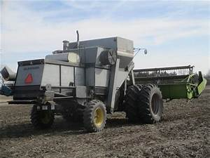 1981 Gleaner M2 Corn Plus Combine W  Claas 19 U0026 39  Flex Head Bigiron Auctions