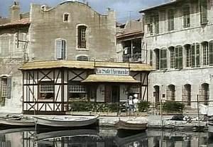 Station Essence Marseille : canal de marseille au rh ne dictionnaire des canaux et ~ Dode.kayakingforconservation.com Idées de Décoration