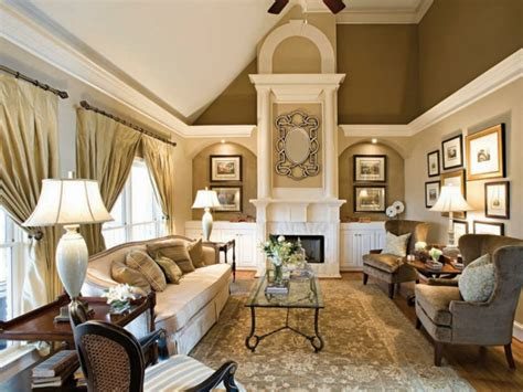 Two Homes With Elegant Decor And Neutral Colors : 1001+ Ideen Für Taupe Farbe Im Innendesign