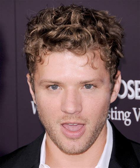 Ryan Phillippe Short Curly Casual Hairstyle   Medium