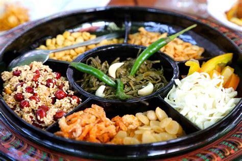 cuisine tradition 12 delicious burmese foods to go gaga flavorverse