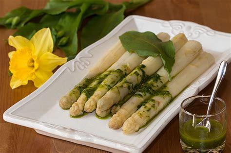 comment cuisiner les asperges blanches cuisine asperges blanches 20171029011313 tiawuk com