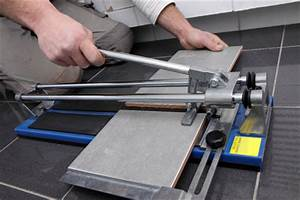 Cutting ceramic tiles the easy way for How to cut ceramic floor tile