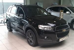 Chevrolet Captiva Black Edition  Garage Versteele Waregem
