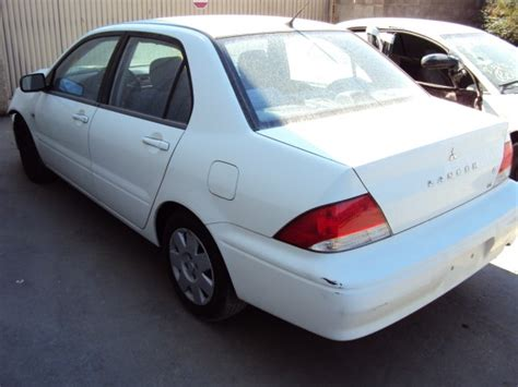 Mitsubishi Lancer 2003 Parts by 2003 Mitsubishi Lancer Color White Stk 109782