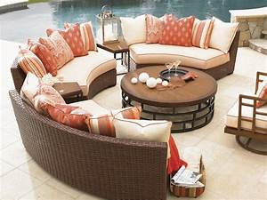 Amusing round sofas sectionals 32 with additional for Sectional sofa with round chaise