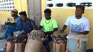 Un Saut D Eau : show de tambours sur un rite rythme kongo saut d 39 eau ~ Dailycaller-alerts.com Idées de Décoration