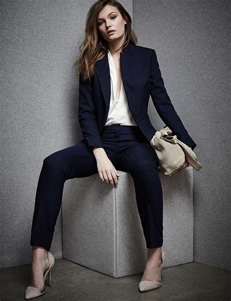 v ements de bureau femme womens workwear reiss suits fashionable career looks