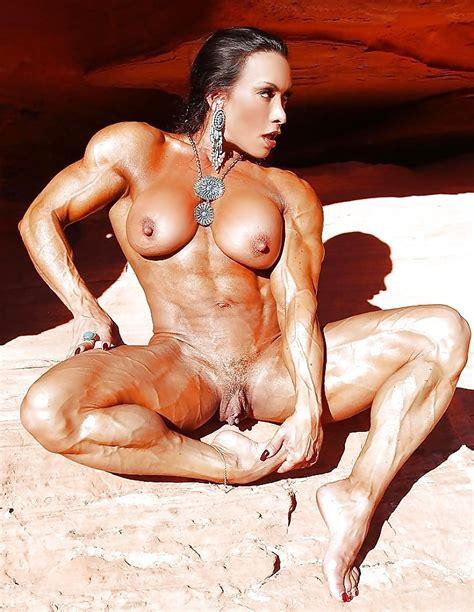 Female Bodybuilder 24 Pics