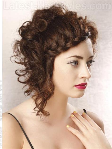 9 sexy short curly hairstyles haircuts for 2017