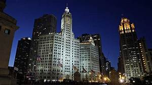 Chicago Billionaire To Buy Wrigley Building For  255 Million