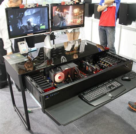 configurer pc de bureau computex les pc bureaux et table basse de lian li
