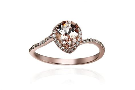 20+ Delicate Engagement Ring Designs, Trends, Models