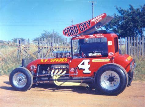 Western Australia's Ray Geneve. Ford Cobra-powered Super