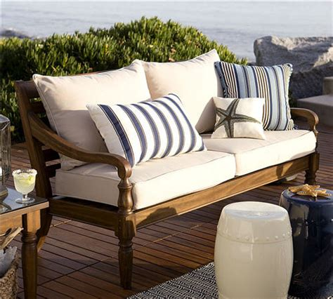colonial outdoor living rooms on